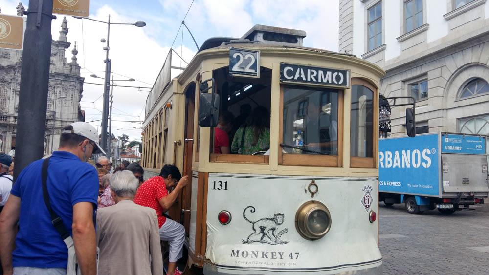 05 PORTO  visite de la ville en tramway