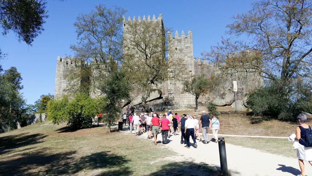 14 GUIMARAES le chateau